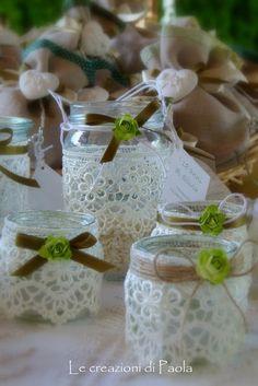 Le creazioni di Paola: lanterne Mason Jar Crafts, Bottle Crafts, Mason Jars, Jar Art, Baby Food Jars, Deco Floral, Decorated Jars, Bottles And Jars, Diy Candles