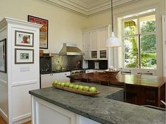 kitchen- Love the big family table!