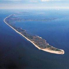 German island Sylt - 3 Golf courses are on this tiny island - the famous and sophisticated Budersand is one of them #golf #sylt #germany #