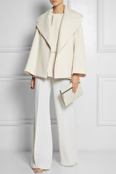 THE ROW Laira wool-blend coat   €1,908.00 http://www.net-a-porter.com/products/461344