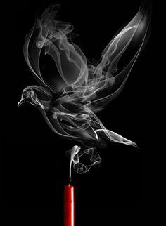 szokatlan és egyedi műalkotások készült füst madár