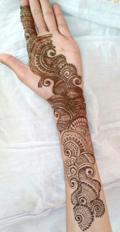 Mehndi henna designs are always searchable by Pakistani women and girls. Women, girls and also kids apply henna on their hands, feet and also on neck to look more gorgeous and traditional. Modern Henna Designs, Mehndi Designs Book, Full Hand Mehndi Designs, Simple Arabic Mehndi Designs, Mehndi Designs For Beginners, Mehndi Designs For Fingers, Stylish Mehndi Designs, Mehndi Design Photos, Wedding Mehndi Designs