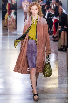 See the complete Bottega Veneta Spring 2018 Ready-to-Wear collection.