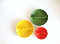 3 Vintage Melamine Ashtrays, Dale Chemical Co. & Anholt-Ashtray, Made in USA