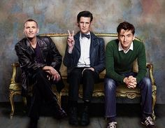 3 Doctors - but why isn't Ten in his suit?