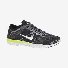I could not resist how cute the Nike Free TR 4 Shoes were. I was shocked when I realized how good they felt while working out, making it a tad bit easier when you love how the shoes look. Tr 4, Nike Kicks, Nike Store, Womens Training Shoes, Gym Style, Crazy Shoes, Workout Wear, Running Women, Fun Workouts