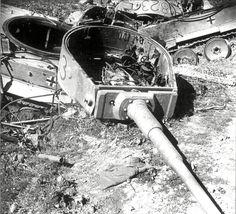PzKpfw VI Tiger 833 and 823 of Schwere Panzer Abteilung 501