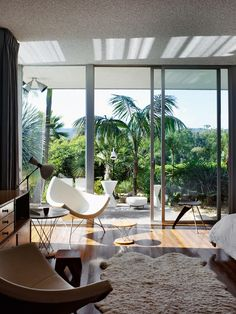 openhouse : oscar niemeyer in america : architecture : strick house