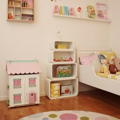 Le Toy Van doll's house - Sweetheart Cottage with furniture - H126 www.letoyvan.com