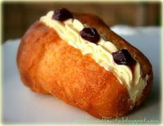 Babá ricetta di adriano _ profumo di lievito Baba Recipe, Italian Recipes, Baked Potato, French Toast, Breakfast, Ethnic Recipes, Desserts, Food, Croissant
