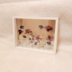 #pressedflowers#driedflowers Flower Artwork, Pressed Flower Art, Floating Frame, Art Pictures, Find Art, Etsy Seller, Unique Jewelry, Handmade Gifts, Flowers