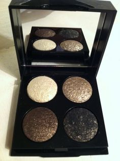 Bobbi Brown eyeshadow quad.