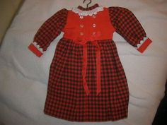 Puppen-Kleid-Rot-Schwarz-kar-m-Spitze-f-Schweizer-Stoff-Puppe-selbstgen-NEU