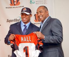 2007 NFL Draft - Leon Hall (CB) - Round 1 : Pick 18
