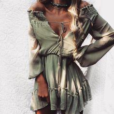 - Style:Casual Silhouette:Loose Pattern Type:Solid Sleeve Length:Full Decoration:Tassel Dresses Length:Knee-Length Sleeve Style:Lantern Sleeve Waistline:Natural Neckline:Slash neck Season:Spring - Gender:Women