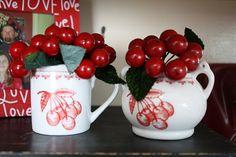 Cherries cream & sugar