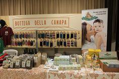 Stand di Bottega della Canapa - Alcuni dei nostri prodotti derivati dalla lavorazione artigianale della #canapa in esposizione -  Antica Fiera della Canapa #Gambettola 22 Novembre 2014