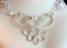 Collar de alambre adornado de Eosheal por RefreshingDesigns en Etsy