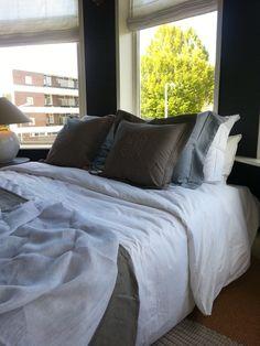 Prachtig nieuw Bedlinnen bij Anna van Schilfgaarde Interieur & Interieuradviezen