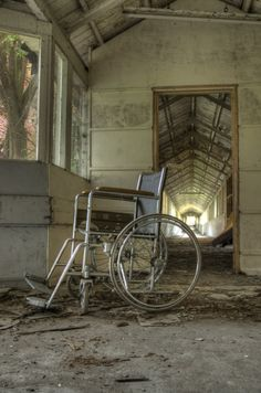 Urbex – The Art of Urban Exploration ~ Kuriositas