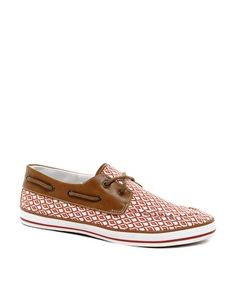 Could i pull these off... #boatshoes