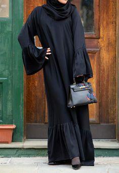 Monica Abaya in Classic Black Burka Fashion, Modesty Fashion, Muslim Fashion, Simple Abaya Designs, Burqa Designs, Abaya Mode, Abaya Pattern, Velvet Dress Designs, Black Abaya