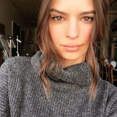 When she knew that a good hair day was cause for a celebratory selfie. | 31 Times Emily Ratajkowski Was Actual Perfection On Instagram