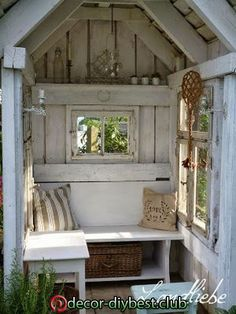 Most up-to-date Pic cottage garden shed Popular Backyard outdoor sheds get several employs, like stocking residence clutter in addition to backyard garden mai. Garden Buildings, Garden Structures, Garden Cottage, Home And Garden, Diy Garden, Outdoor Spaces, Outdoor Living, Garden Shed Interiors, Backyard Sheds
