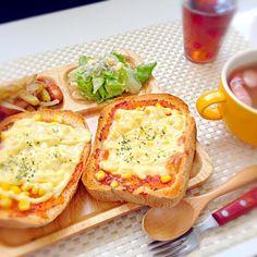パンピザ 冷凍ポテトで簡単ジャーマンポテト サラダ スープ  15分で4品出来ちゃいます♪(´ε` ) 余った時間でお昼寝❤ww - 74件のもぐもぐ - 早い❤15分!自家製パンピザランチ❤ by maipu