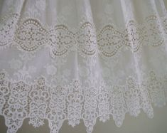 tela de encaje marfil bordado de tela de encaje por WeddingbySophie