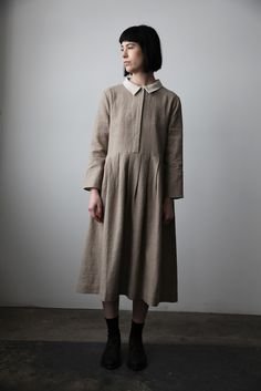 Sand Linen-Wool Shirt Dress with White Collar | cendre