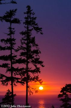 ~~Whidbey Sunset • from across the Strait of Juan de Fuca, Whidbey Island, Washington • by jrchris.pics~~