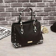 PU Leather Famous Brand Fashion New Vintage Causal Designer handbags Quality Ladies Bags Bolsa Feminina! https://www.aliexpress.com/store/new-arrivals/2666030.html?spm=2114.8147860.0.0.ddev3q&tracelog=newarrivals_tab