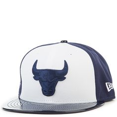 743be39cf76 New Era Caps Retro Hook Chicago Bulls Fitted Hat White navy