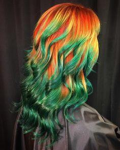 Dragon hair by Ursula Goff Teal Hair, Green Hair, Locks, Hair Creations, Hair Dye Colors, Coloured Hair, Hair Color Dark, Pretty Hairstyles, Updo Hairstyle