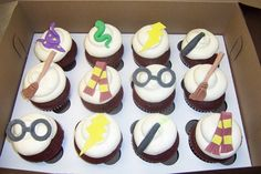 Harry Potter Cupcakes from Cake Dreams; two time winner of Food TV's Cupcake Wars, located in Rockville, MD Kid Cupcakes, Holiday Cupcakes, Halloween Cupcakes, Baking Cupcakes, Birthday Cupcakes, 16th Birthday, Just Desserts, Dessert Recipes, Yummy Treats