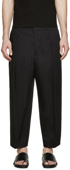 JUUN.J Black Pleated Cropped Trousers. #juun.j #cloth #trousers