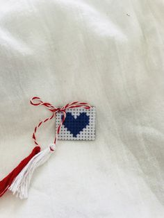 #martisor #inima #embroidery #needlepoint Needlepoint, Cufflinks, March, Traditional, Embroidery, Handmade, Accessories, School, Hand Made