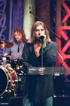 Joe Elliott of the musical guest Def Leppard performs on May 16, 1996 --