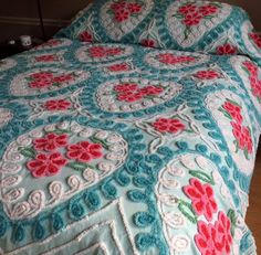 My latest beauty! Chenille Bedspread, Bedspreads, Vintage Stuff, Tablecloths, Doilies, Tea Towels, Linens, Bedding, Valentines