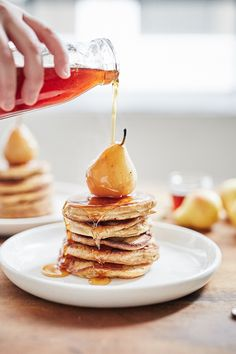 Chai Pancakes with Chai Poached Pears | Iron Chef Shellie