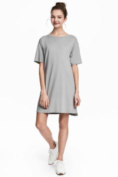 Платье-футболка - Серый - Женщины | H&M RU 1