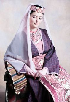 The historians believe that the Armenian women costumes date back to the Urartu era (the biblical Kingdom of Ararat) wherein dresses were designed with creamy white silk, embroidered with gold thread.