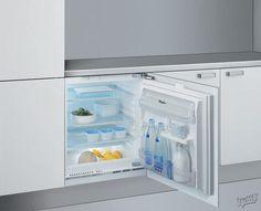 ARZ005 (Vit) - Integrert kjøleskap fra Whirlpool - tretti.no