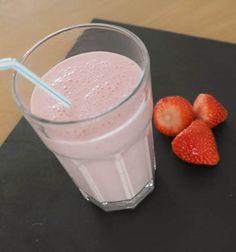 Milkshake aardbei - foodaholic.nl (glutenvrij)