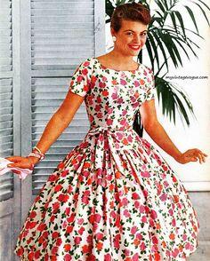 McCall's Pattern Fashions - #Summer 1960 #vintage #vintagestyle #vintagefashion #vintagedress #vintagesewing #1960s #1960sfashion