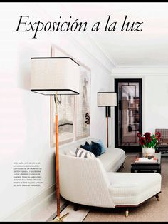 Black and white living room by López Quesada, zen is in the air
