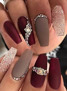 you can get a precious stone nail. Got shocked. you can get a precious stone nail. Got shocked. Diamond Nail Designs, Black Nail Designs, Diamond Nails, Nail Art Designs, Fabulous Nails, Gorgeous Nails, Gorgeous Makeup, Cute Nails, Pretty Nails