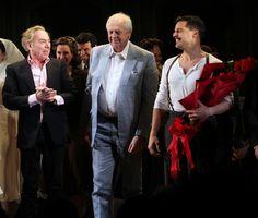 EVITA Opening Night: Andrew Lloyd Webber, Tim Rice & Ricky Martin with the Company