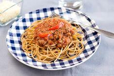 Bolognesekastike Spaghetti, Koti, Dinner, Ethnic Recipes, Dining, Food Dinners, Noodle, Dinners